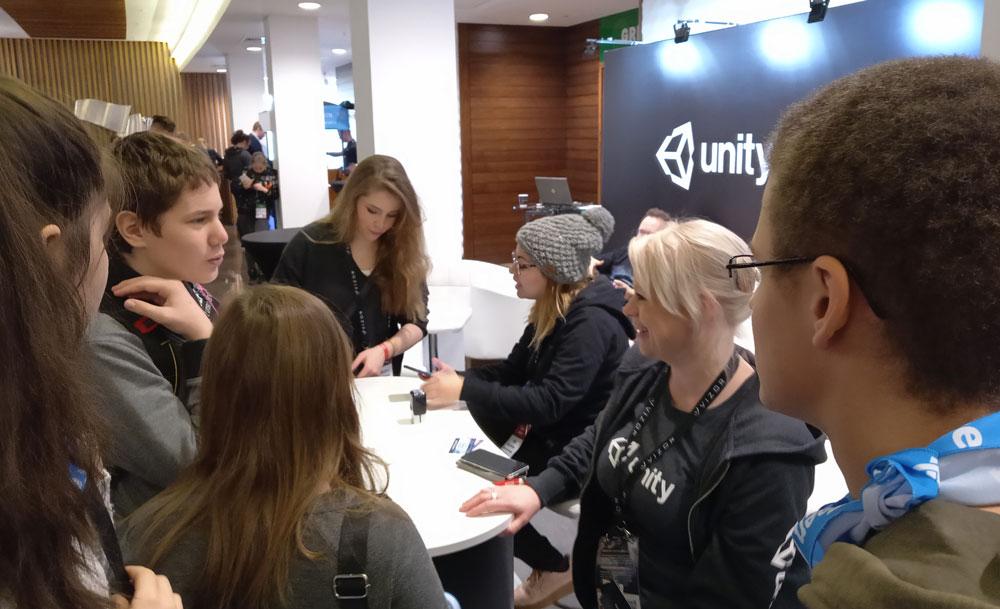 Общаемся с командой Unity